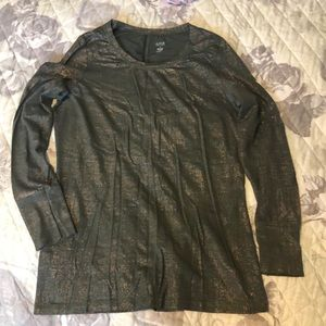 Olive green/gold long sleeve top. Size S